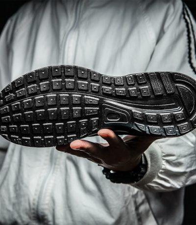 спортивная легкие мужские кроссовки