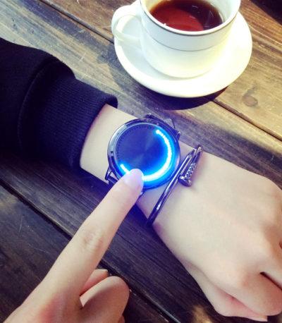 Унисекс светодиодный часы мужчин и женщин